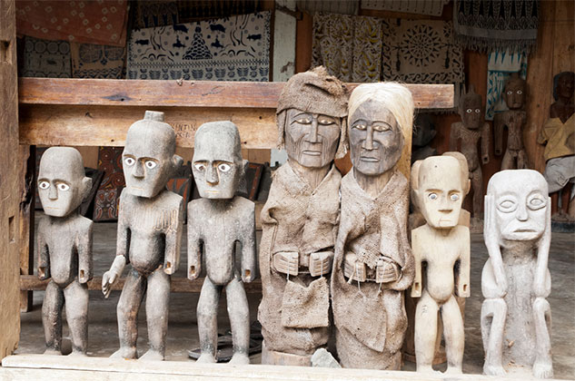 Visit the Village Toraja and See Culture Heritage Toraja People.